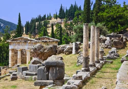 Argolida, Sparti, Mystras, Monevasia, Ancient Messene, Olympia, Delphi,Arachova and Osios Loukas tour